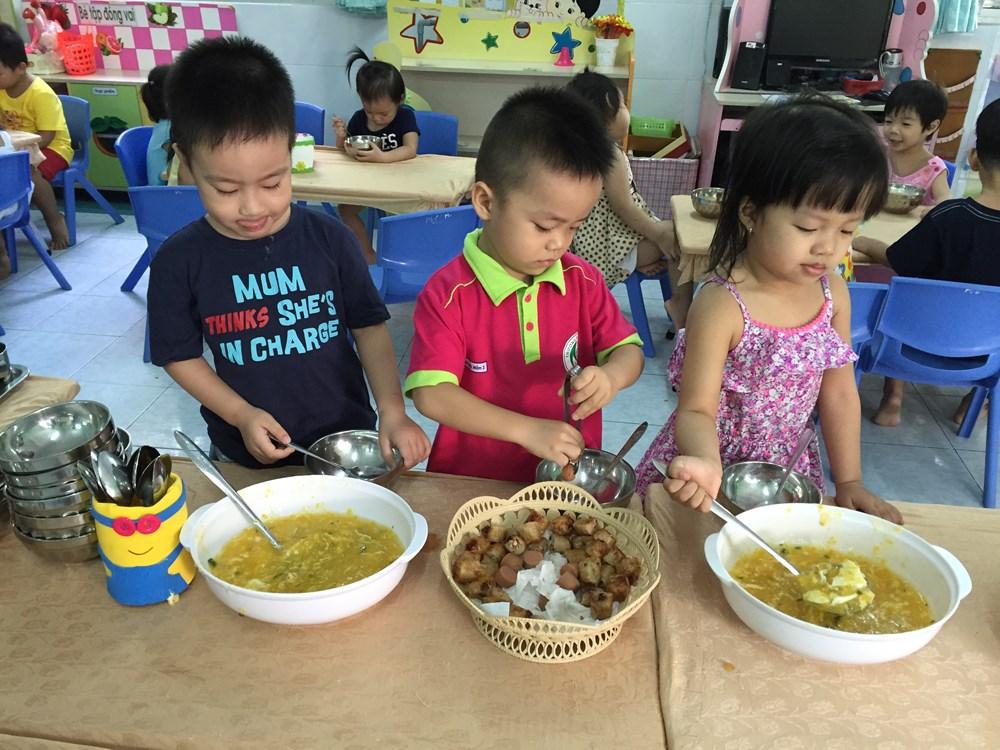 gio an nguyen thuy - Giờ ăn - Nguyễn Thủy