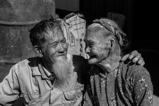 nhung bai tho ngan hay tang chong yeu day tinh cam 2 - Những bài thơ ngắn hay tặng chồng yêu đầy tình cảm