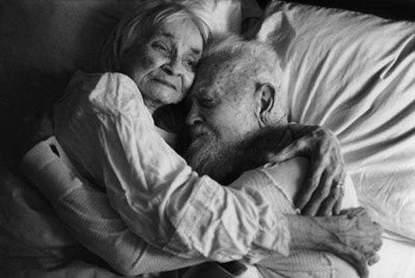 nhung bai tho ngan hay tang chong yeu day tinh cam - Những bài thơ ngắn hay tặng chồng yêu đầy tình cảm