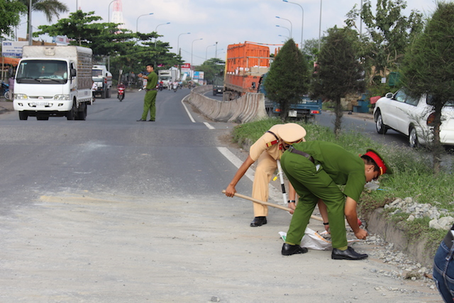 nhung bai tho ngan hay ve nghe canh sat giao thong chon loc - Những bài thơ ngắn hay về nghề cảnh sát giao thông chọn lọc