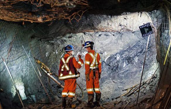 nhung bai tho ngan hay ve nghe mo dia chat chon loc 1 - Những bài thơ ngắn hay về nghề mỏ địa chất chọn lọc