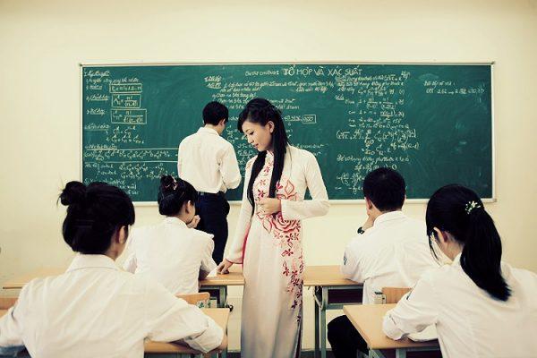 nhung bai tho ngan hay ve thay co hay nhat moi thoi dai - Những bài thơ ngắn hay về thầy cô hay nhất mọi thời đại