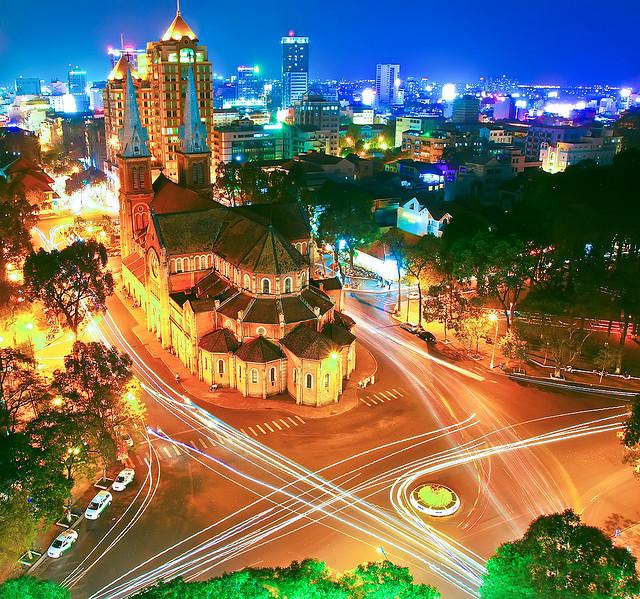 nhung bai tho ngan hay ve tp ho chi minh hap dan nhat 2 - Những bài thơ ngắn hay về TP Hồ Chí Minh hấp dẫn nhất