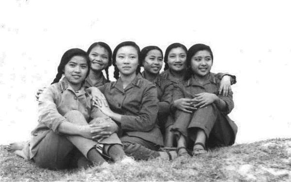 top 10 bai tho hay cua nha tho giang nam 8 - Top 10 Bài thơ hay của nhà thơ Giang Nam
