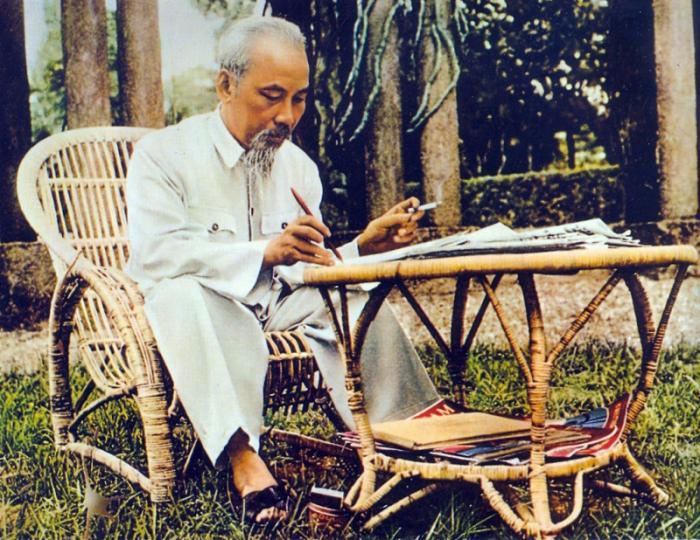 top 10 bai tho hay cua nha tho hoang trung thong 3 - Top 10 Bài thơ hay của nhà thơ Hoàng Trung Thông