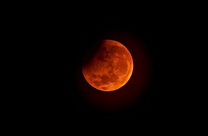 top 10 bai tho hay ve trang 1 - Top 10 Bài thơ hay về trăng