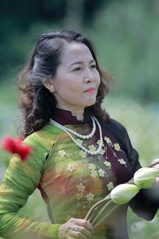 top 12 bai tho hay cua nha tho tran dieu huong 2 - Top 12 Bài thơ hay của nhà thơ Trần Diệu Hương