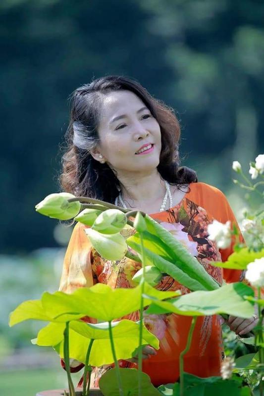top 12 bai tho hay cua nha tho tran dieu huong 5 - Top 12 Bài thơ hay của nhà thơ Trần Diệu Hương