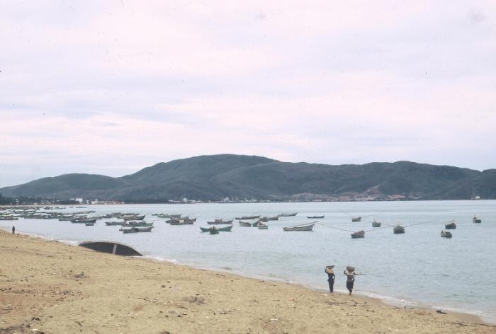 Biển Quy Nhơn năm 1968