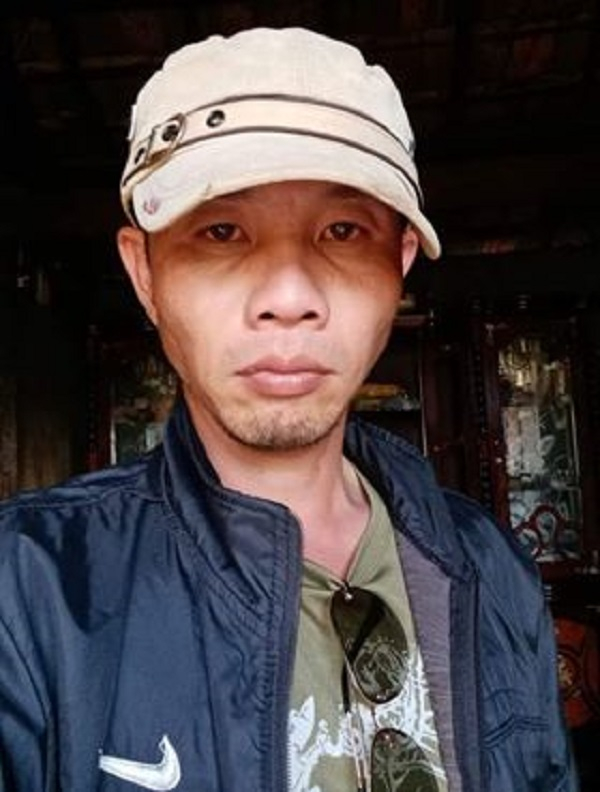 Ảnh chân dung nhà thơ Đặng Quốc Khanh