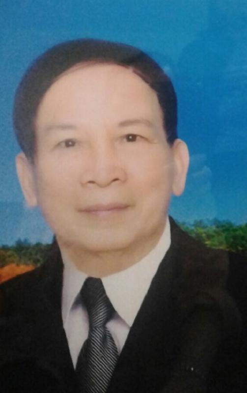 Ảnh chân dung thầy giáo, nhà thơ Nguyễn Khắc Mận