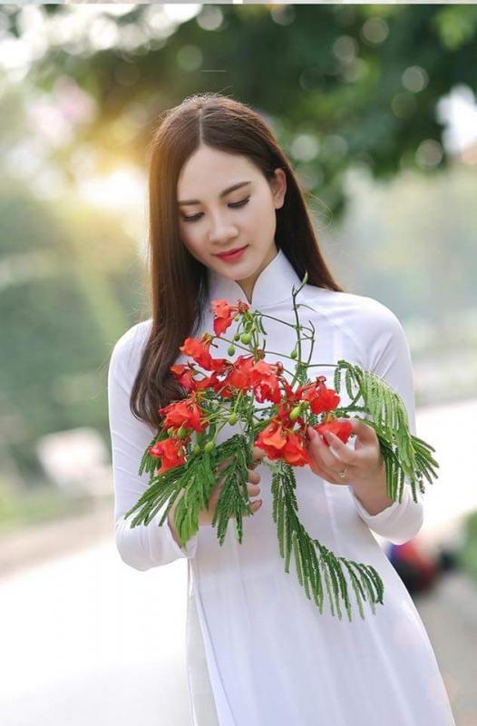 top 20 bai tho hay ve cac loai hoa thang tu 14 - Top 20 Bài thơ hay về các loài hoa tháng tư