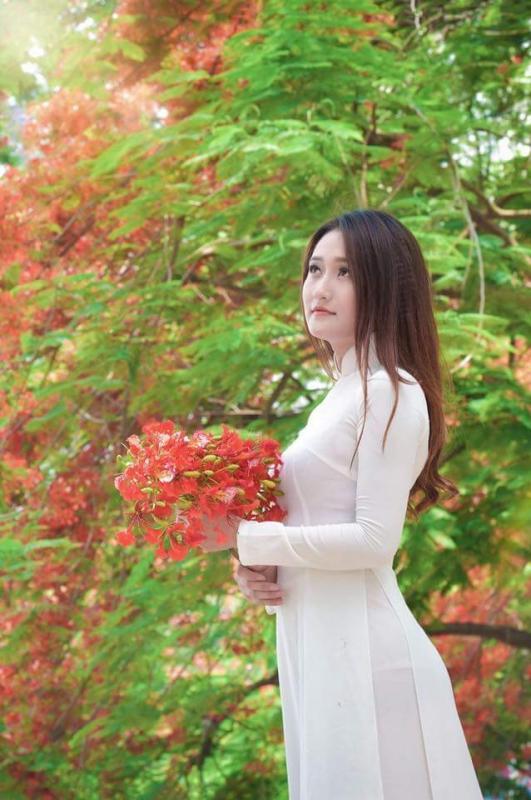 top 20 bai tho hay viet ve khoanh khac giao mua xuan ha 14 - Top 20 Bài thơ hay viết về khoảnh khắc giao mùa xuân hạ